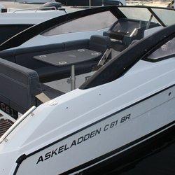 Askeladden C61 BowRider - putesett-cockpit